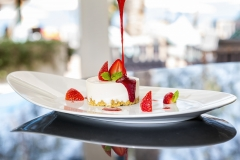 Strawberry Cheesecake - Food Photography